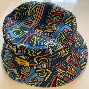 NWT Herschel Supply Co Lake Bucket Hat Abstract L